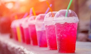 Almost half of all adults believe that popular non-alcoholic drinks have a negative impact on the appearance of their teeth