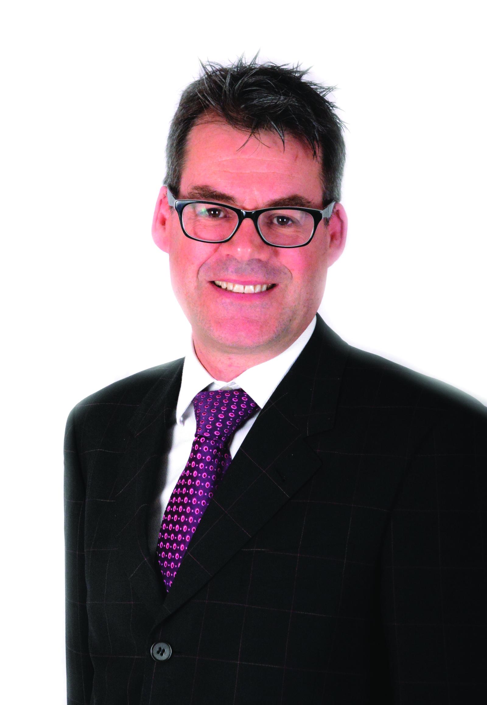 Peter Cummings