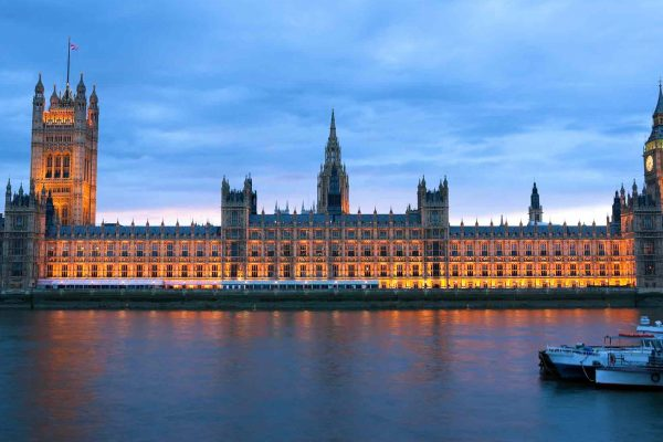 More than 101 MPs have called on the chancellor to extend coronavirus financial measures to private dentistry