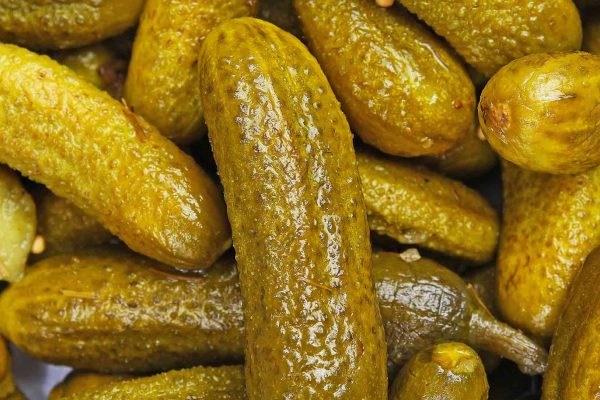 Pickles can help to reduce the level of cavity-producing bacteria and lead to better oral health, it has been suggested