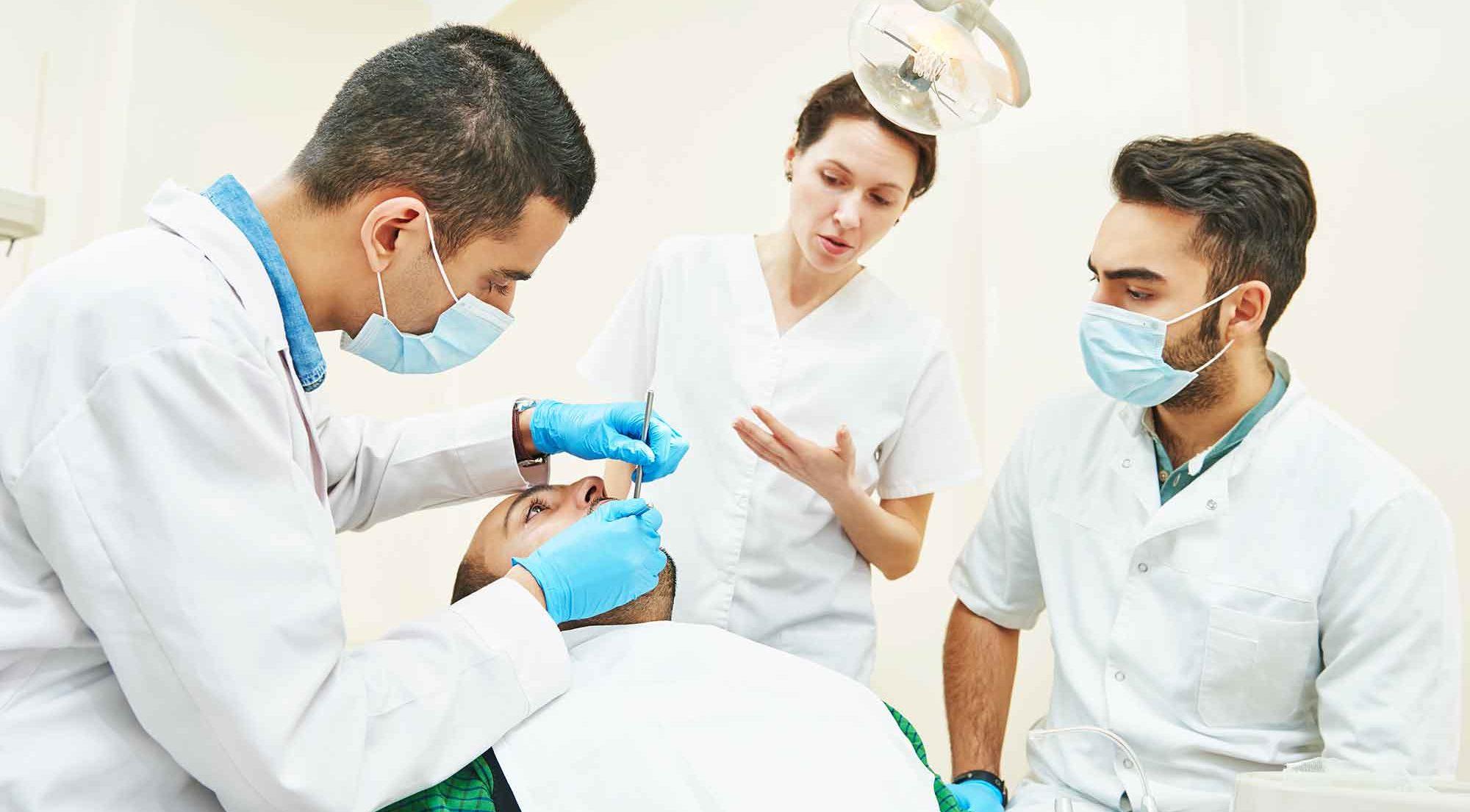 Education supervisor in dentistry