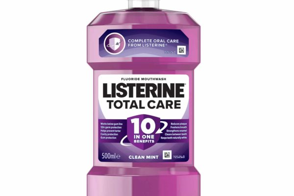 Johnson & Johnson Ltd., the makers of Listerine, are committed to supporting dental professionals in their efforts to help patients achieve and maintain gum health