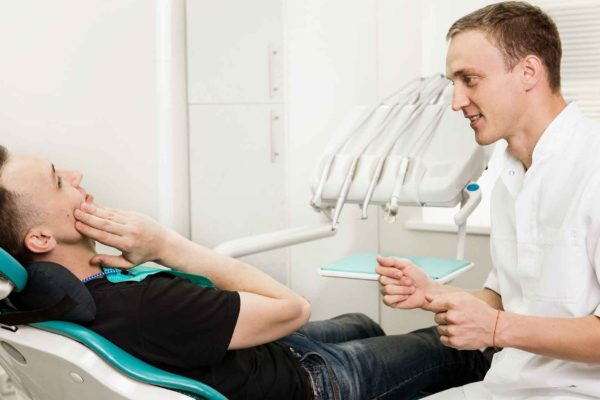 dentist building relationships with patients
