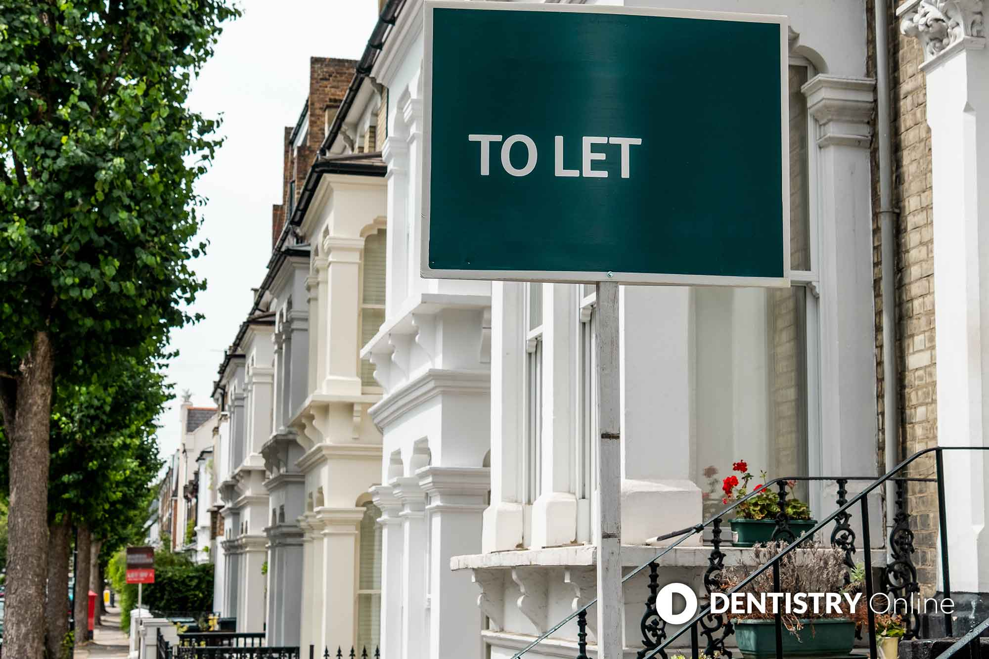 tenants to let sign