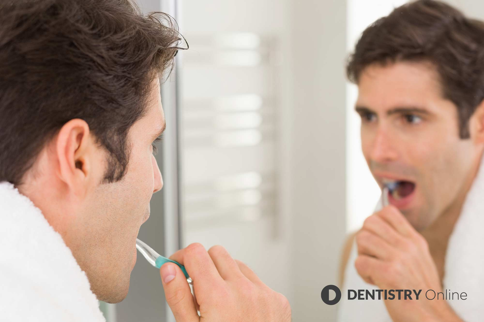 Men are less likely to brush their teeth or floss as frequently as women, it has been revealed